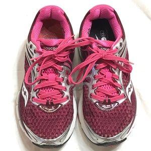 Saucony Triumph 11 Women's Size 5.5 Running Shoes